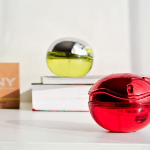 Červené jablíčko // DKNY Be Tempted & Be Delicious